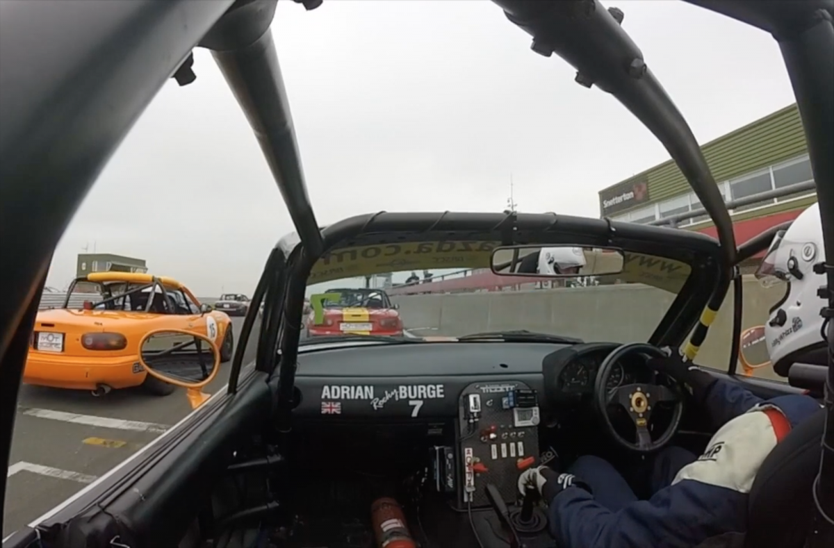 View from the start line BRSCC Mazdas at Snetterton 2018